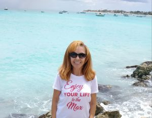 Enjoy your life Dr. Roberts t-shirt